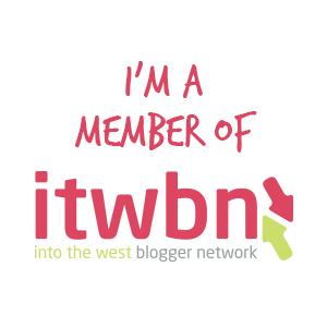 ITWBN Blog button Floralesque