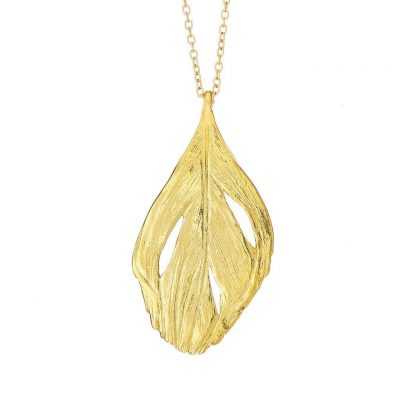 CHUPI I CAN FLY MAXI SWAN FEATHER NECKLACE IN GOLD