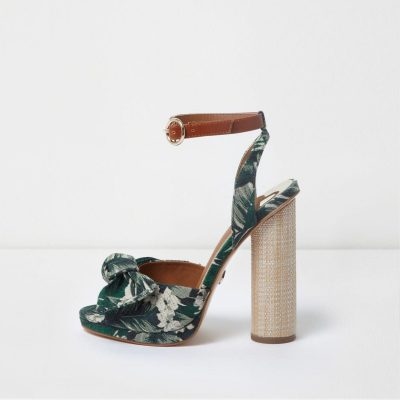 river island Green tropical bow front block heel sandals